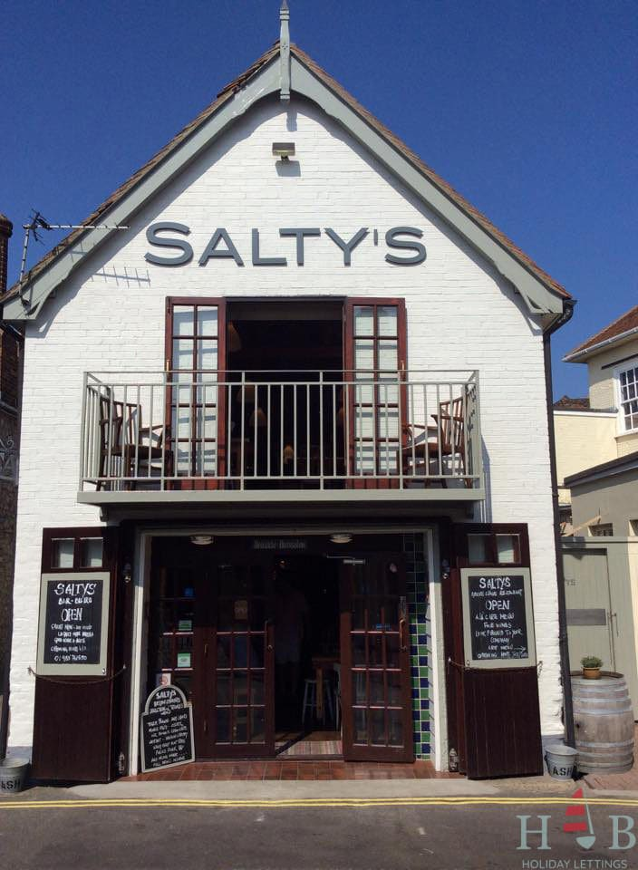 Salty's Restaurant